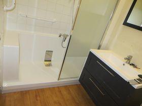 salle de bains apt 84 receveur monobloc sans joint de silicone - Joint Silicone Salle De Bain