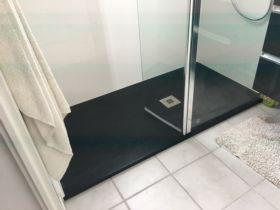 monteux remplacer une baignoire par une douche 84170 vaucluse salle d 39 o. Black Bedroom Furniture Sets. Home Design Ideas