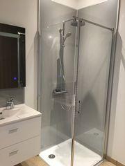 Salle de bains moderne MONTEUX 84